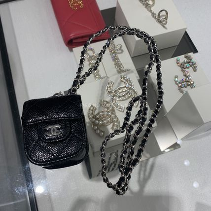 CHANEL NEW [CHANEL]  AIRPODS HOLDER BLACK AP1647