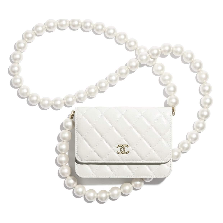CHANEL CHANEL ☆mini wallet on chain ☆AP1839 B04327 10601